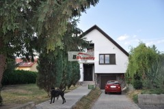 Krásny rodinný dom v tichej lokalite v obci Lok