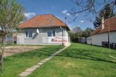 Výhodný rodinný dom v obci Hontianska Vrbica - Rezervovaný