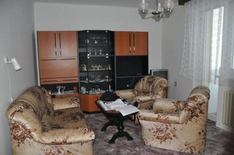 Na prenájom 2 izbový byt na Vajanského ulici