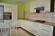 Na predaj 3 izbový byt vo vyhľadávanej lokalite v Leviciach