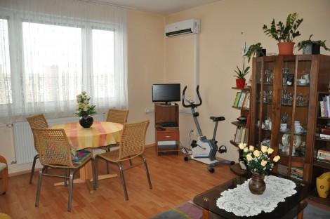 Na predaj 2 izbový byt s klimatizáciou