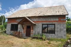 Rozostavaný rodinný dom v Santovke