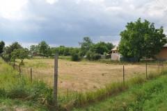 Na predaj široký stavebný pozemok v Hronovciach