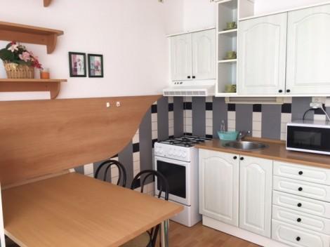 Prenájom 1 izbový byt na Pereckej ulici
